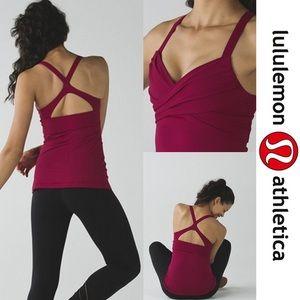 Wrap it up Tank Lululemon Cranberry Size 8